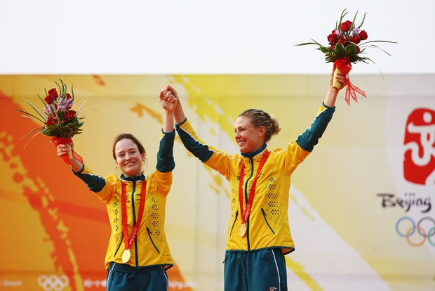 Elise Rechichi and Tessa Parkinson on the podium in Beijing