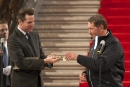Larry Ellison receives the key to the city of San Francisco
